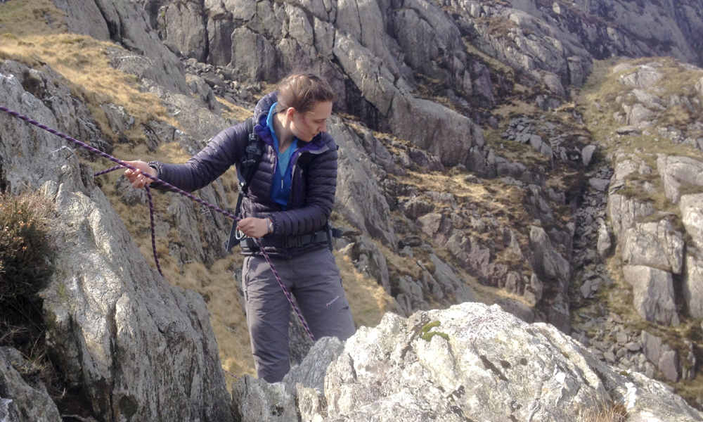 Steep ground skills: rope work in ascent
